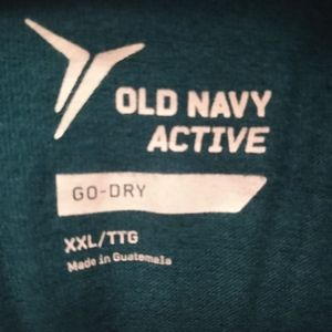 Old Navy Active GoDry long sleeved tee
